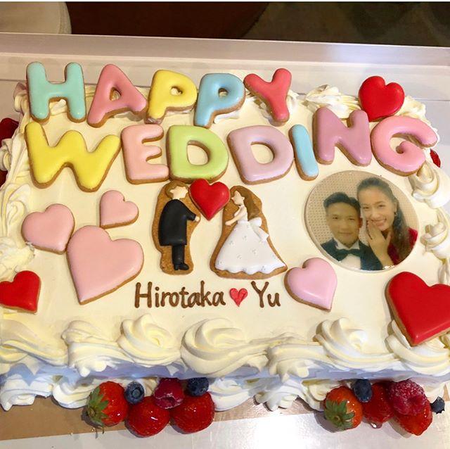 弘嵩選手がお互いの友人のサプライズで婚約のお祝いをされました!